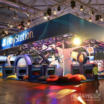 Messe Aufwendiger Mega-Messestand für einen Global Player auf der gamescom. Weitere Infos finden Sie auf www.muellermusic.com