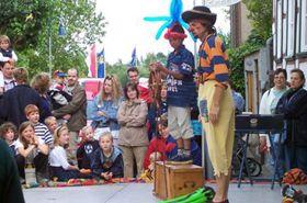 Kinder-Kultur Hören Sehen Staunen Mitmachkonzerte, Varieté, Artistik, Mitmachzauber- oder Clownstheater... Ihre Veranstaltung wird bunt und zu einem Erlebnis für klein und groß!