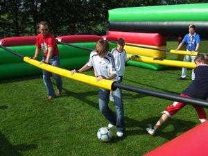 Fußball Eventmodule Fußball Eventmodule für die nächste WM - Mega Kicker, Human Soccer, Speed Kick usw