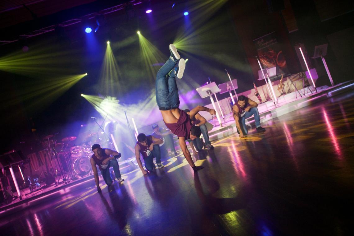 The Battleboys ... Breakdance vom Feinsten ... nicht nur die Akteure stehen Kopf