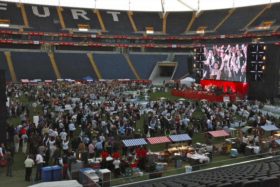 Stadionevent mit Human Beatbox auf der Bühne