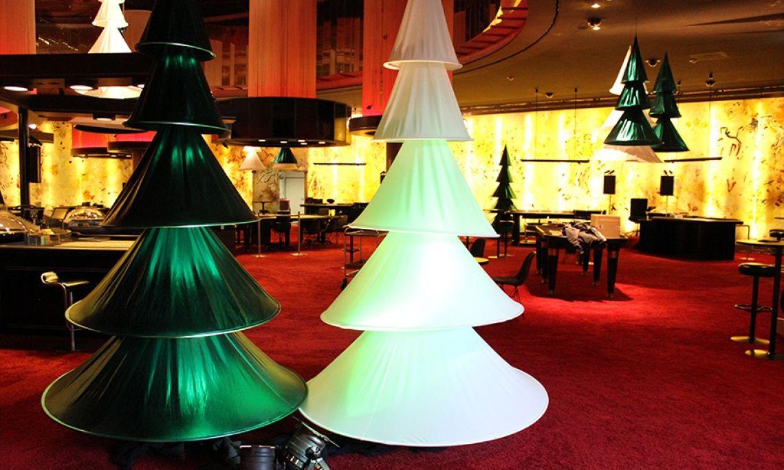 Themendekoration Skulptur stehend und abhängbar X-MAS TREE Themendekoration Skulptur stehend und abhängbar X-MAS TREE