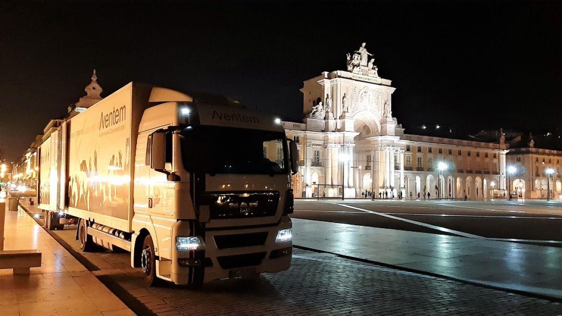 Unsere Produktion in Lissabon Die Aventem GmbH in Hilden ist Ihr professioneller Dienstleister für die technische und gesamtheitliche Planung und Durchführung Ihrer Veranstaltung.