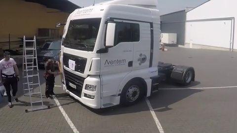 Zeitraffer Beklebung Truck