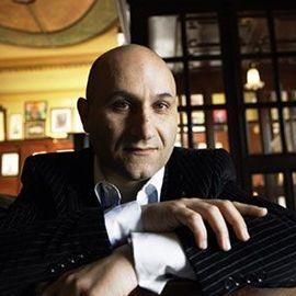 Vadim Abramoff - Pianist & Entertainer für Gala-Events, Messen & Hochzeiten