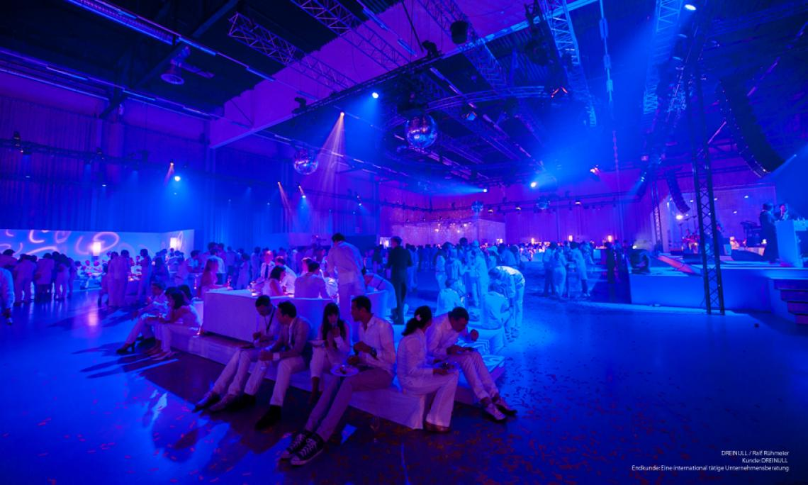 Loungmöbel mieten - Eventausstattung bis 3.500 Personen
