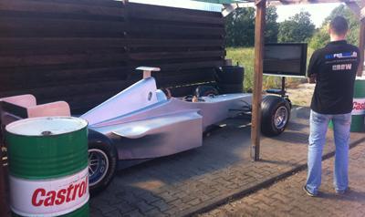 Formel 1 Simulator Formel 1 Simulator – Egal ob Boxenstopp oder Simulation mit unserem F1 Simulator ist beides möglich! Holen Sie sich pures Rennsport-Feeling auf Ihr Event!