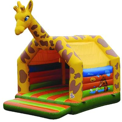 Hüpfburg Giraffe Hüpfburg Giraffe – Der Klassiker unter allen Eventmodulen darf natürlich nicht fehlen. Hier als Giraffe ein absoluter Hingucker.