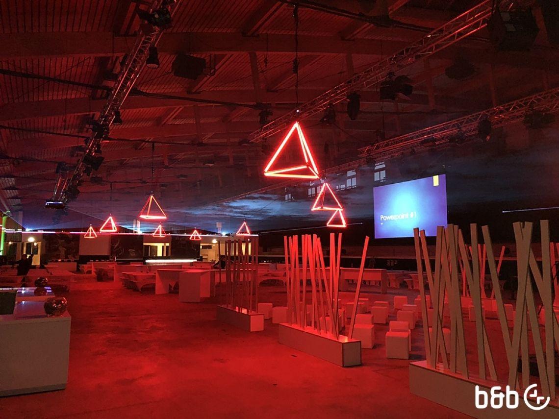 Lichtinstallation mit ASTERA AX1 Weihnachtsfeier