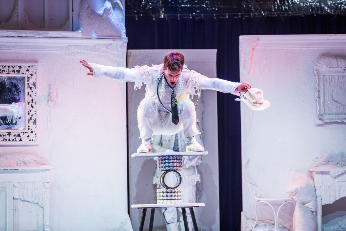 Holle, Holle… Artistik Showprogramm