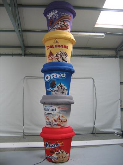 Produktnachbildung Milka Säule Produktnachbildung Milka Säule
