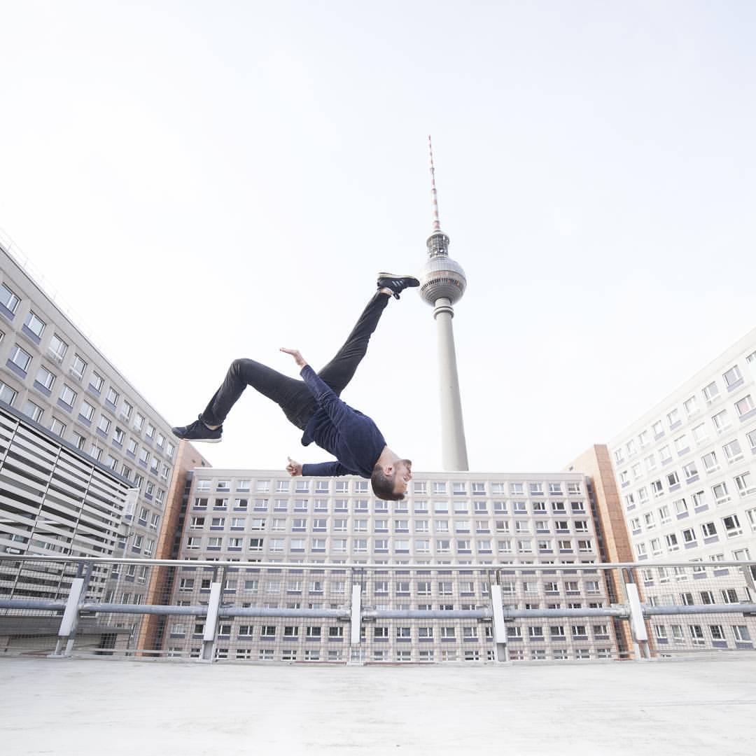 Team Supreme  Parkourshow feat. Deutschlands Parkour-Star 'Amadei Weiland'