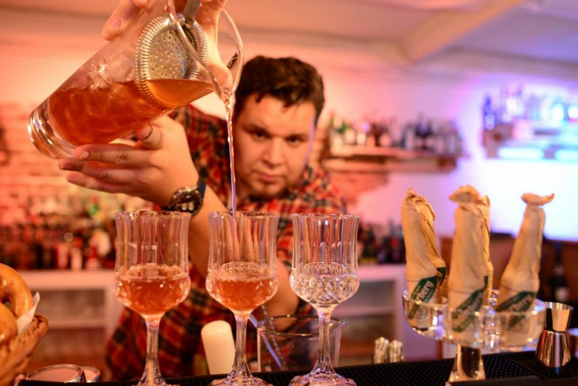 meisterlich kredenzte Cocktailkreationen - auch auf Ihrer Veranstaltung!