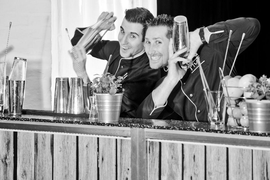 mobile Cocktailbar mit freundlichen und hochprofessionellen Barkeepern mieten.