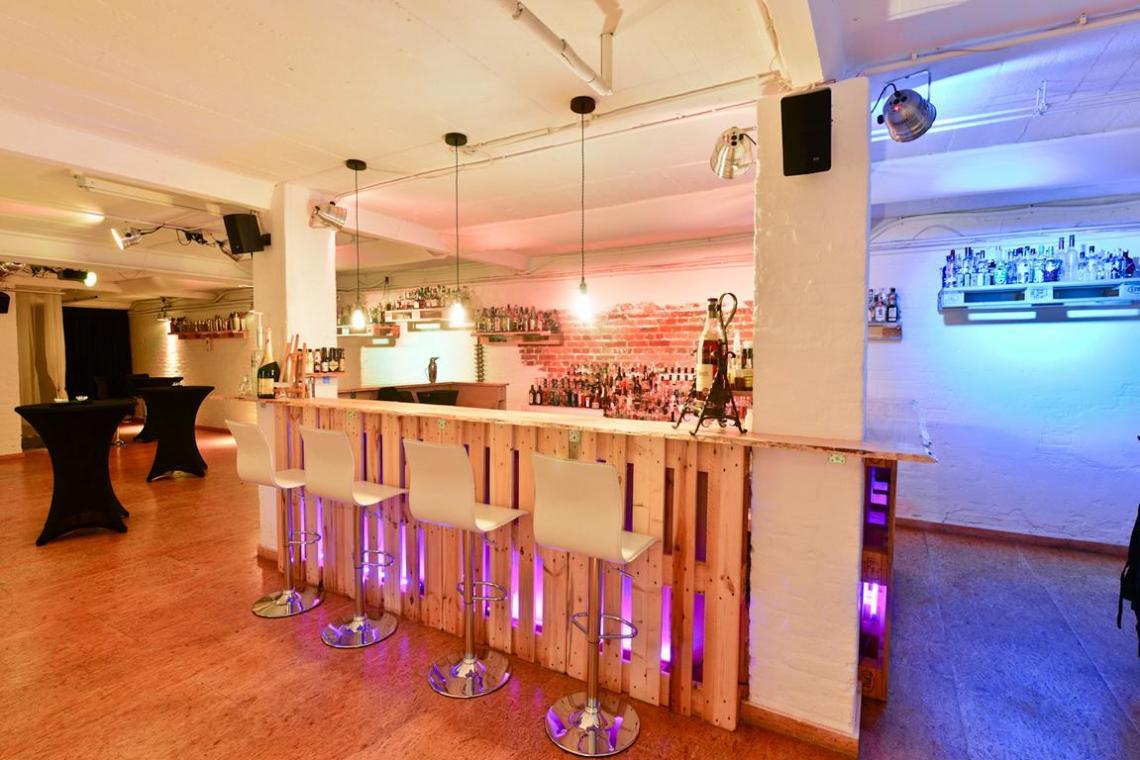 Eventlocation Frankfurt - IN-LIVE Eventkeller die außergewöhnliche Location für Veranstaltungen und Parties mit industreillem Charme