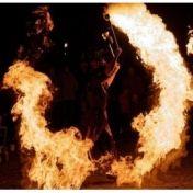 Ambrosia van Serpens Feuershow, Kinderclown, Stelzenläufer