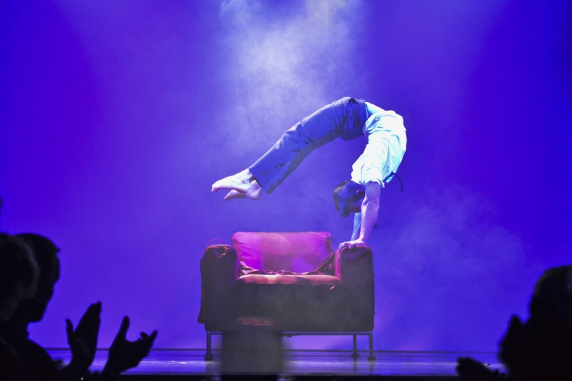 Foto: Toofan Hashemi Der Showact von Andalousi Elakel gebucht im GOP Varieté Theater Hannover.