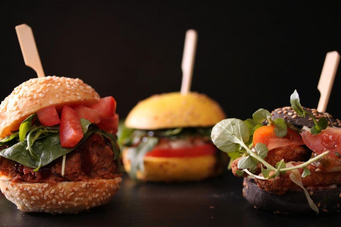 AVIO catering & event / Cafe Jannis