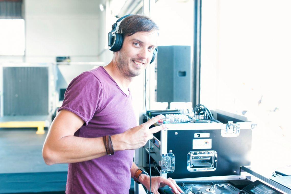 DJ Sunshine bei einem Betriebs Sommerfest