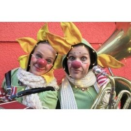 Mlle Prrrr - Clowntheater, Walking-Act,  Stelzentheater, Orakel