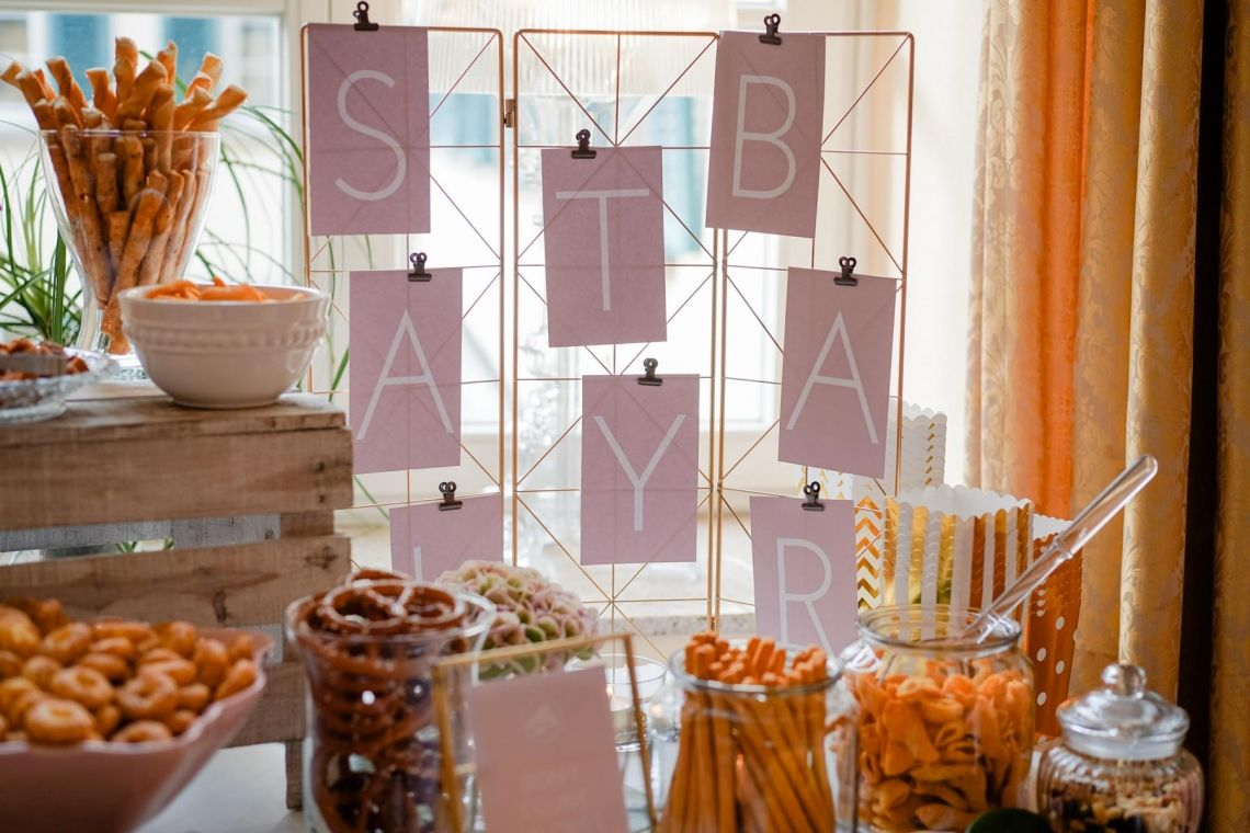 Saltybar Hochzeit  Eleganter Fine-Art-Style, Blush-Berry-Gold-Glas (Foto Jörg Brücker Gelsenkirchen)