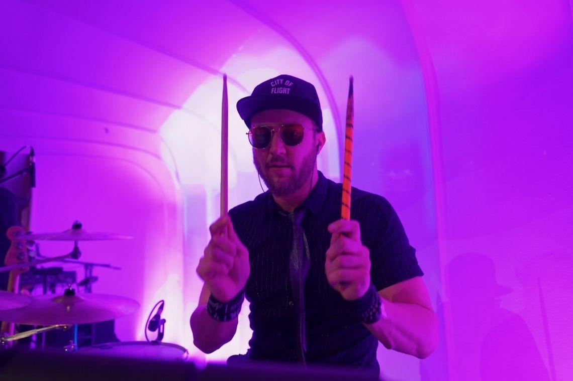 Steffen Holl - Drums