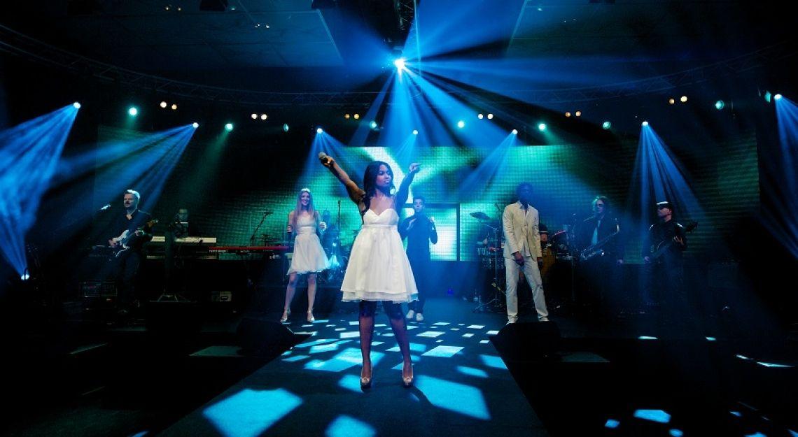 PLEJ - Eventband Die Partyband und Liveband als Coverband für Firmenfeiern