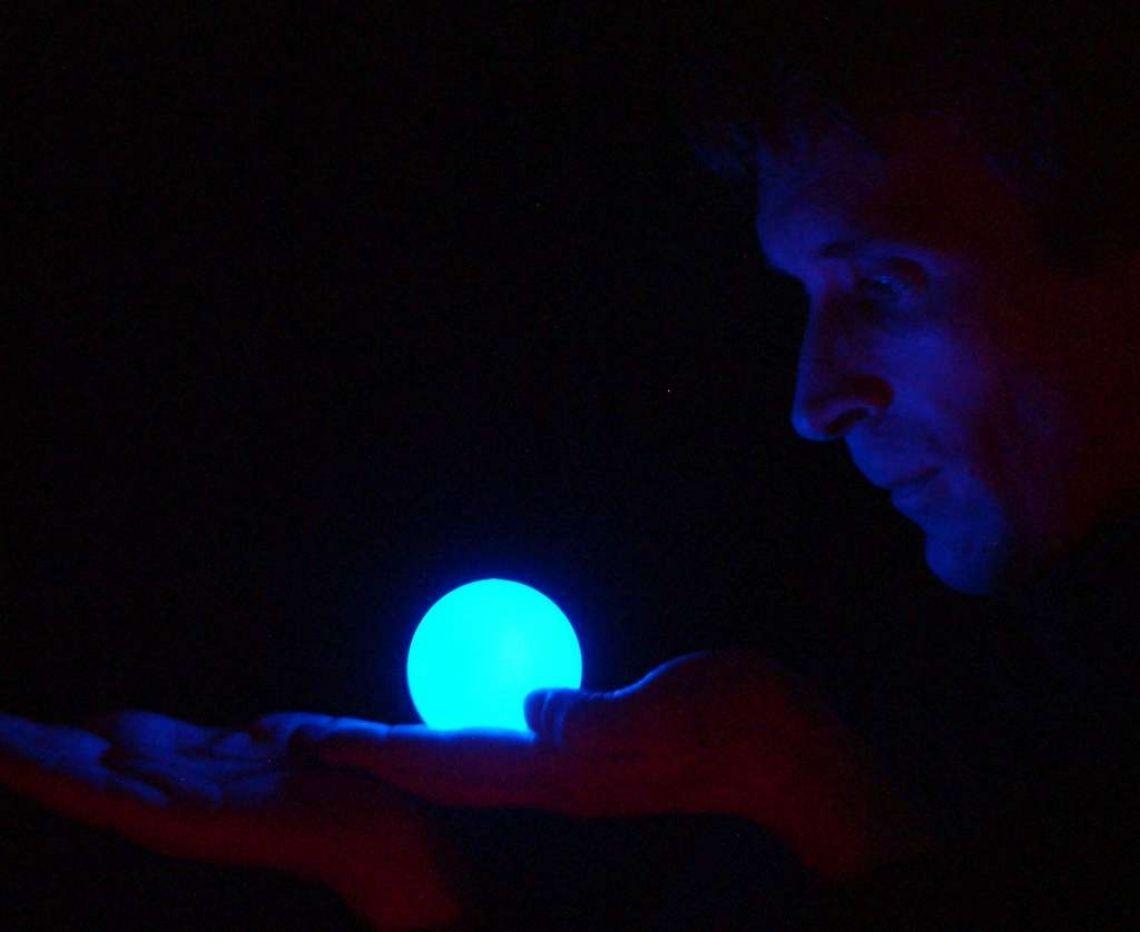 Licht- und Feuershow - Kontaktjonglage