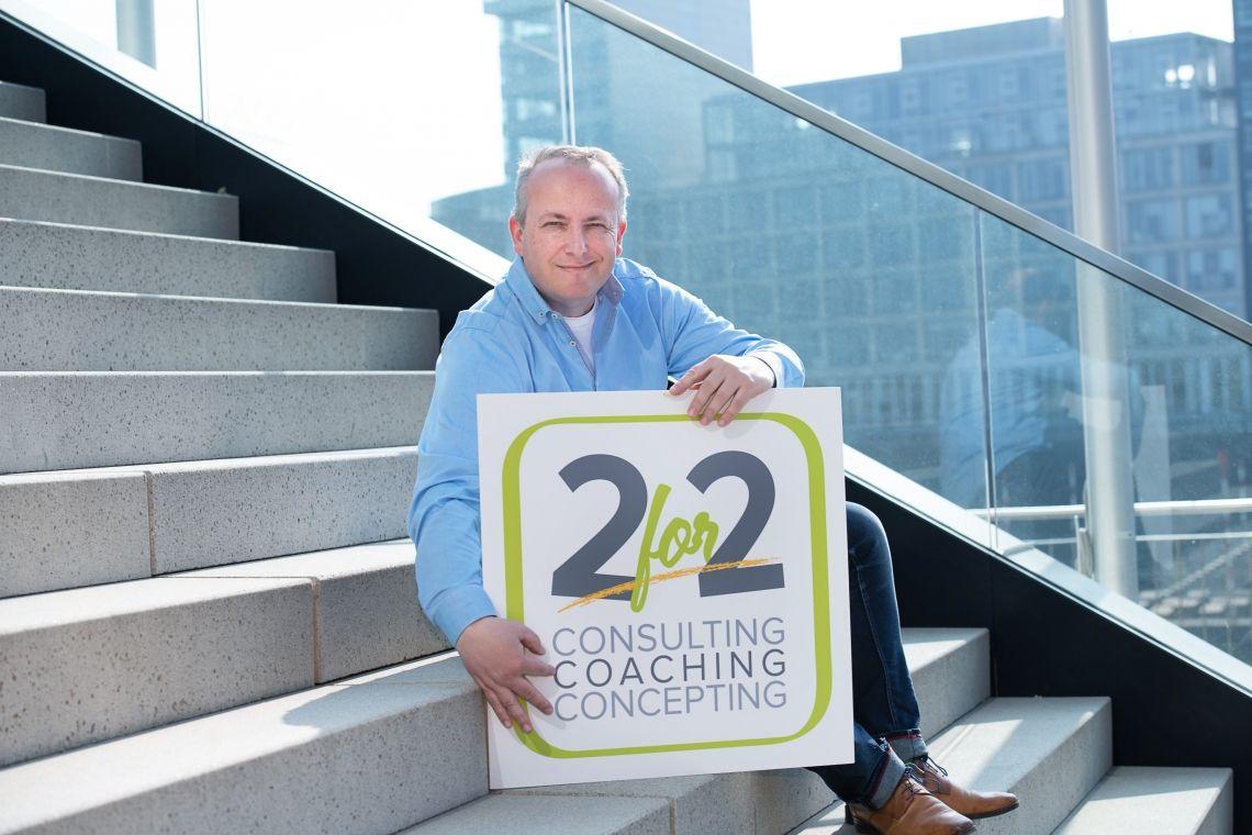 Coaching Unsere 8 Coaching-Produkte: easy-sense, easy-me ,easy-skill, easy- boss, easy goal, easy response, easy stress, easy life