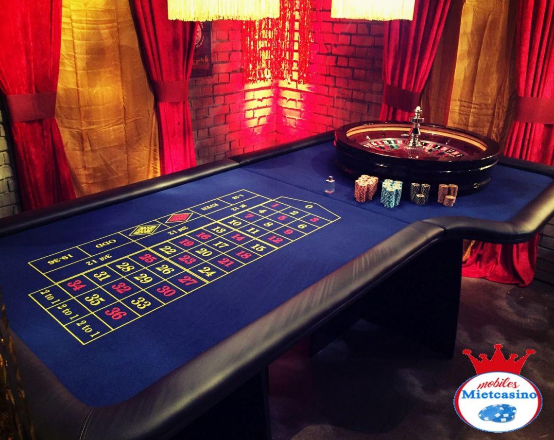 American Roulette Spieltisch in blau mit original Roulette Kessel American Roulette Spieltisch in blau mit original Roulette Kessel.