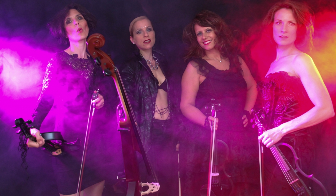 Manon & Co Show mit Electric Violins Classic-Pop mit modernen Instrumenten benötigt eine entsprechende Lightshow