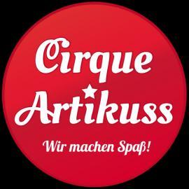 Cirque Artikuss Comedy, Stelzenläufer, Zauberei u.v.m.