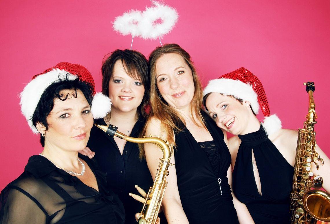 BrassAppeal - Die perfekte Überraschung für Ihre Weihnachtsfeier Wir sind die ideale Begleitung Ihrer Weihnachtsfeier, da wir unabhängig von Strom, Verstärkung und Bühne aktiv sind. Unsere Klassiker aus Pop, Soul und Swing schaffen Atmosphäre, machen gute Laune und reißen tanzlustige Gäste mit.