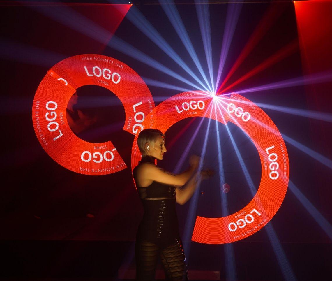 Lightflash / Logoflash Lightflash - Die Lichtshow oder Logoflash - Die Lichtshow mit Botschaft. Ihre Logos neu inszeniert!