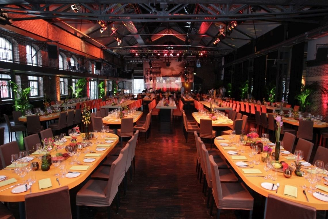 Jubiläumsfeiern mit mSa mSa ist der Spezialist für Jubiläumsfeiern im Kölner Raum.