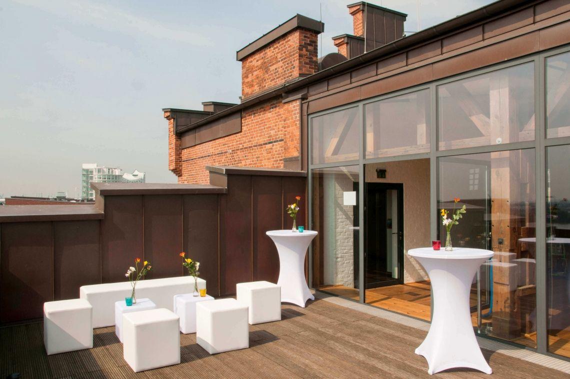 Über den Dächern der Stadt Ob Abendveranstaltung oder Tagung. Übern den Dächern Hamburg's ist es immer etwas besonderes.