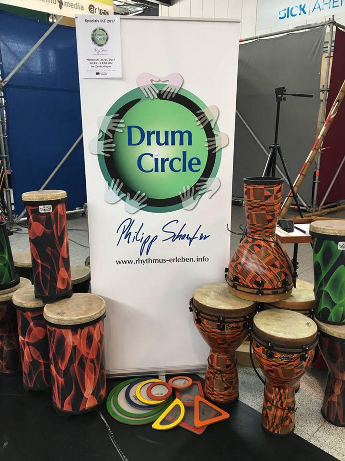 Drum Circle Philipp Schaefer - Rhythmus erleben! Wir bringen Qualitätsinstrumente unseres Kooperationspartners REMO für bis zu 200 Personen mit.