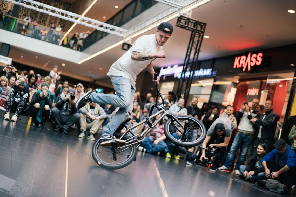 Dustyn Alt bei den 'Urban Days 2017' in der Centrum Galerie Dresden (® Erik Gross)