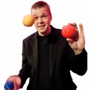 Motivator & Jonglator Stephan Ehlers Jonglier-Events & Business-Jonglage