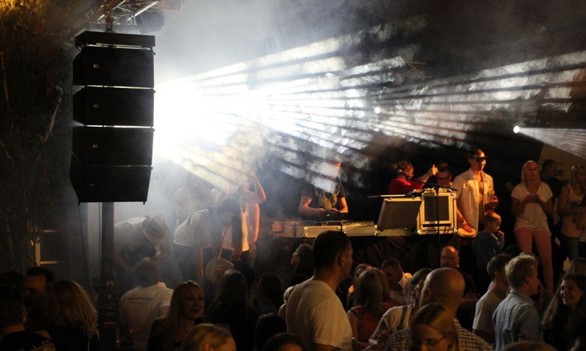 Bierzelt Clubbing