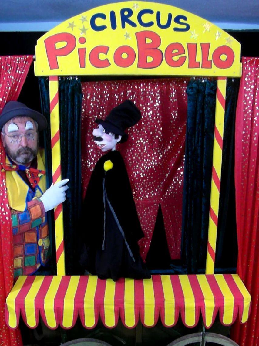 Circus Picobello - Ein Zirkus-Mitmach-Spektakel für Zirkusfans - auch in unserem Zelt Circus-Direktor Pünktchen ist eine jung-dynamischen Führungskraft und macht es Pico, der schon für den Senior gearbeitet hat, nicht leicht. Die Probleme spitzen sich zu und können nur nur noch mit Hilfe des Publikums gelöst werden.
