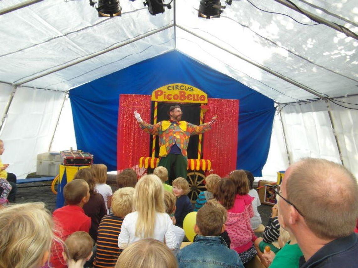 Circus Picobello - Ein Zirkus-Mitmach-Spektakel für Zirkusfans - auch in unserem Zelt Bei Bedarf bringen wir auch ein Zelt mit.