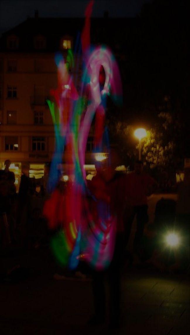 Farbenfeuer Leuchtjonglage