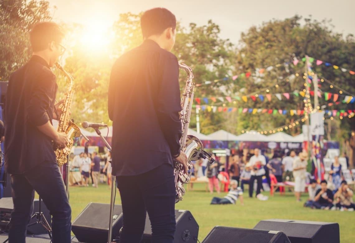 Firmenfeier mit bo events Bandauftritt im Rahmen eines Sommerfestes eines bo events Kunden in Weinheim